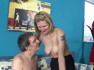 Pics kleine saggy titten Saggy tits